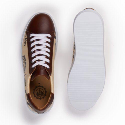 Correct sneaker 3