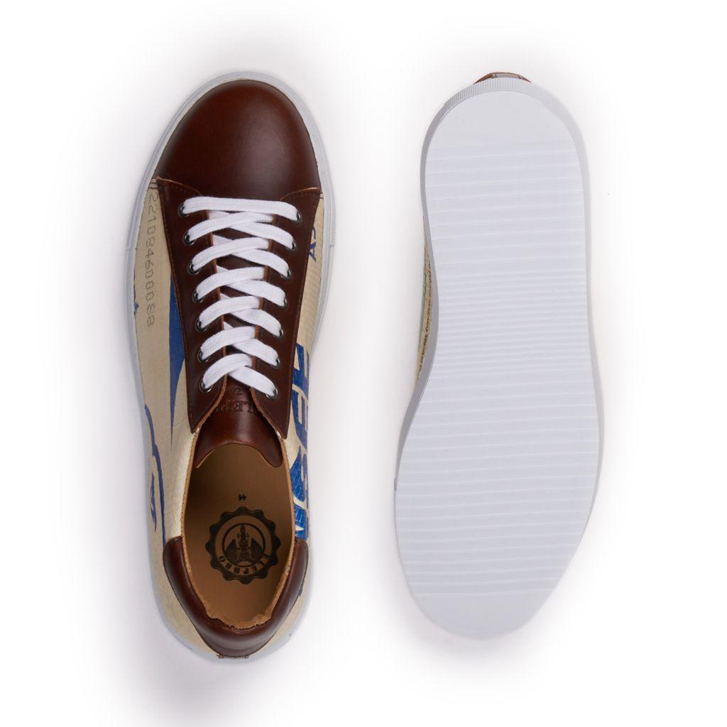 Correct sneaker 7